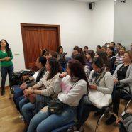 Charla sobre alternativas para mujeres migrantes en el Consulado de Colombia en Valencia